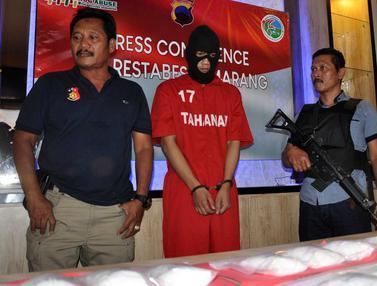 Kurir Narkoba Ditangkap di Komplek Perumahan  Plamongan Hijau Semarang