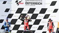 Pembalap Ducati, Andrea Dovizioso, berhasil memenangi balapan MotoGP Austria yang berlangsung di Sirkuit Red Bull Ring, Minggu (16/8/2020). (AFP/Joe Klamar)