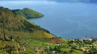 Berikut beberapa keindahan alam yang berada di negara Indonesia.