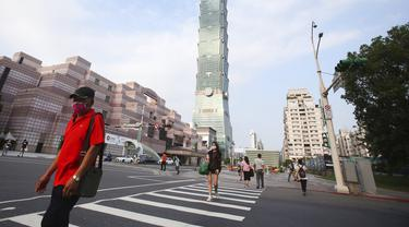 FOTO: Taiwan Berlakukan Pembatasan Perangi Pandemi COVID-19