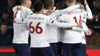 Para pemain Liverpool merayakan gol Sadio Mane ke gawang Crystal Palace. (AFP/Ian Kington)