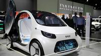 Menjalin kerjasama dengan Zhejiang Geely Holding Group, pabrikan otomotif asal Jerman, Mercedes-Benz siap menghadirkan mobil listrik bermerek Smart. (Car and Bike)