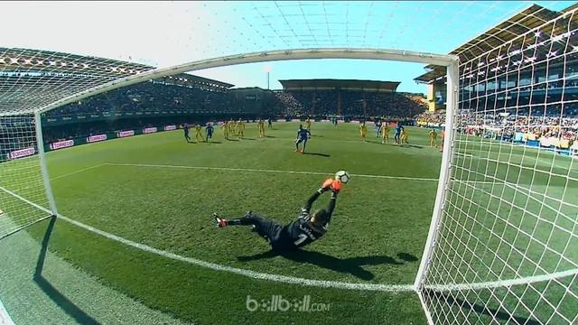 Berita video kiper Villarreal, Sergio Asenjo, menghalau 2 tendangan penalti dalam laga La Liga melawan Getafe. This video presented by BallBall.