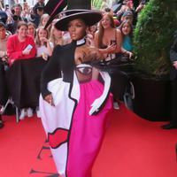 Penampilan Janelle Monae di Met Gala 2019 (Foto: Splash.com)