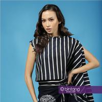 Eksklusif Karina Nadila, dari model ke dunia akting. (Fotografer: Bambang E. Ros, Stylist : Indah Wulansari, Digital Imaging: Muhammad Iqbal Nurfajri/Bintang.com)