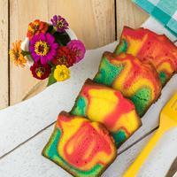 ilustrasi Rainbow Chiffon Cake/copyright Shutterstock