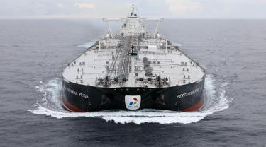 Kapal tanker raksasa atau Very Large Crude Carrier (VLCC) berkapasitas 2 juta barel milik PT Pertamina (Persero) mulai melaut