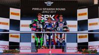 Pebalap Yamaha Motorxracing, Galang Hendra Pratama, mempersembahkan kemenangan World Supersport 300 (WSSP) yang berlangsung di Sirkuit Jerez untuk Indonesia. (dok. World SBK)