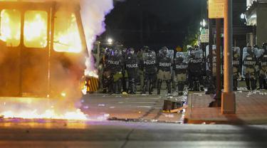 FOTO: Penembakan Jacob Blake Picu Kerusuhan di Amerika Serikat