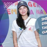 Mikha Tambayong gemar menonton berbagai pertandingan olahraga.