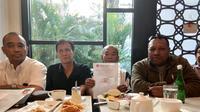 pengurus Pemuda demokrat Indonesia saat memberikan keterangan pers di Jakarta. (Istimewa)