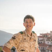 Song Joong Ki di drama Descendants of the Sun. Foto: via dramafever.com