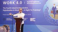 Menteri Ketenagakerjaan M Hanif Dhakiri meyakini melalui kerja sama semua pihak, Indonesia akan mampu bertahan menghadapi era Revolusi Industri (RI) 4.0, dengan segala peluang dan tantangan akibat RI 4.0 yang masif.