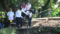 Ketua Relawan Indonesia Bersatu Sandiaga Uno mengunjungi Kampung Pabuaran, Kelurahan Cibadak, Kecamatan Tanah Sareal, Kota Bogor, Jawa Barat. (Istimewa)