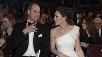 Kate Middleton dan Pangeran William di BAFTA 2019 (dok. TIM IRELAND / POOL / AP / AFP)