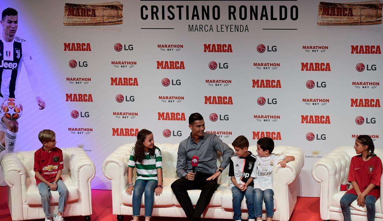 លទ្ធផលរូបភាពសម្រាប់ penghargaan media olahraga top Spanyol ronaldo
