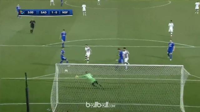 Xavi Hernandez mencetak gol cepat untuk Al-Sadd saat berkompetisi di Liga Champions Asia. This video is presented by Ballball.