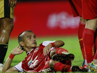 Ada pemandangan tak biasa saat Persija Jakarta berhadapan dengan Bhayangkara FC di Stadion Kanjuruhan, Malang, pada lanjutan Piala Menpora 2021, Rabu (31/3/2021). (Bola.com/M Iqbal Ichsan)