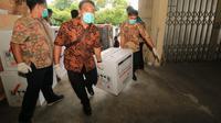 Pemkot Surabaya menerima 15 ribu vaksin covid-19/ (Dian Kurniawan/Liputan6.com)