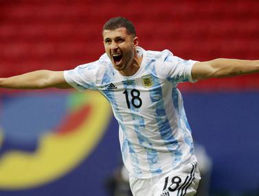 Foto: Menang Tipis Atas Uruguay, Argentina Rasakan Kemenangan Perdana di Copa America 2021