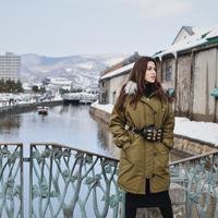 Tidak memakai baju warna-warni, Raisa tetap terlihat menawan. (Sumber foto: raisa6690/instagram)