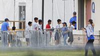 Anak-anak imigran yang ditahan di penampungan oleh pemerintah federal AS (AP/Brynn Andersona)