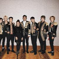 Rossa dan Super Junior (Foto: Twitter)
