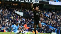 Winger Wolverhampton Wanderers, Adama Traore, mencetak dua gol kemenangan timnya atas Manchester City pada laga pekan kedelapan Premier League, di Stadion Etihad, Minggu (6/10/2019) malam WIB. (AFP/Lindsey Parnaby)