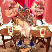 Laudya Cynthia Bella dapat kejutan pra ulang tahun dari Erra Fazira (Instagram/@laudyacynthiabella)