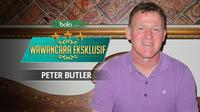 Wawancara eksklufif bersama Peter Butler. (Bola.com/Dody iryawan)