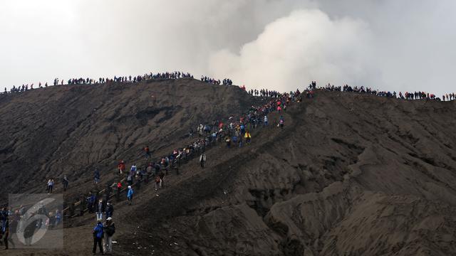 Aktivitas Vulkanik Gunung Bromo Berubah Sejak Dua Hari