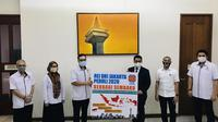 REI DKI Jakarta salurkan bantuan Sembako.
