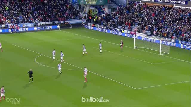 Berita video highlights Premier League Huddersfield Vs Stoke City 1-1. This video is presented by Ballball.