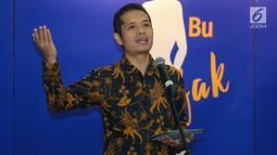 Deputi Direktur Departemen Kebijakan Sistem Pembayaran BI Ricky Satria memberikan paparan pada peluncuran program Literasi Keuangan #IbuBerbagiBijak 2019 di Jakarta, Selasa (23/7/2019). Program yang diselenggarakan Visa, OJK dan BI menggandeng sejumlah UMKM. (Liputan6.com/Fery Pradolo)