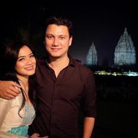 Dari pacaran sampai menikah, pasangan ini tampil semakin kece. (Sumber foto: csugiono/instagram)