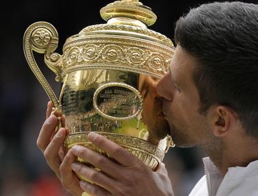 Foto Ragam: Samai Rekor Nadal dan Federer, Novak Djokovic Menangkan Turnamen Wimbledon 2021