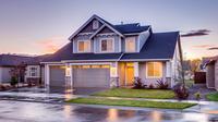 Bagaimanapun juga membeli rumah melibatkan uang yang tidak sedikit, sehingga memang harus dilakukan hati-hati.