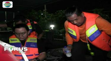 Pencarian buaya muara di perairan Pondok Dayung, Tanjung Priok, Jakarta Utara, terus dilakukan hingga malam hari.