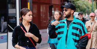 Selena Gomez kini berulang tahun yang ke 26. Jika tahun kemarin ia tak miliki kesehatan, tahun Selena tidak memiliki kekasih. (Elite Daily)