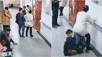 Suami Ini Rela Diduduki Istrinya yang Hamil Kelelahan (Sumber: DailyMail)