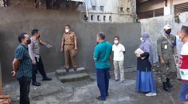 Pintu Belakang Rumah Tahfiz Al-Qur'an Nurul Jihad Ditutup Anggota DPRD Pangkep (Liputan6.com/Fauzan)