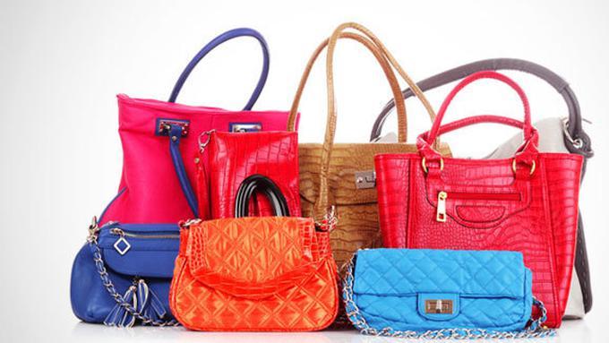 Waspadai Beredarnya Tas KW! - Fashion Fimela.com 66c634a0d4