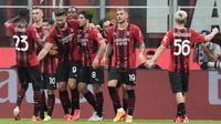 Permainan tak banyak berubah di babak kedua. Keunggulan 4-1 AC Milan bertahan hingga pertandingan usai. Hasil tersebut membuat Rossoneri menempati urutan keempat klasemen sementara Liga Italia musim 2021/2022. (Foto: AP/Luca Bruno)