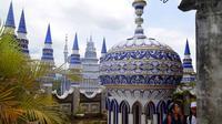 Masjid Tiban di Malang (Sumbe: merdeka)