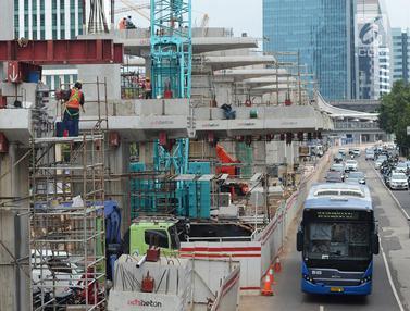 Memantau Progres Pembangunan LRT Jabodebek