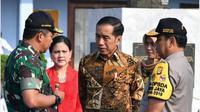 Jokowi ikut memperingati Hari Batik Nasional. (dok.Instagram @jokowi/https://www.instagram.com/p/B3GggbthyaD/Henry)