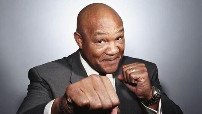 Melihat Duel Mike Tyson Vs Roy Jones Jr dari Kacamata George Foreman