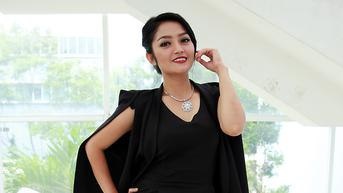 Siti Badriah Bingung Posisi Tidur di Kehamilan Pertamanya