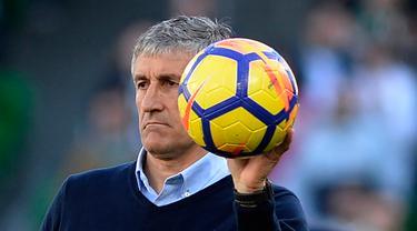 Quique Setien Resmi Jadi Pelatih Baru Barcelona