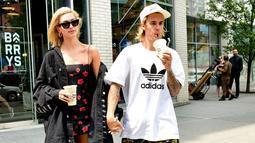 Dilansir dari HollywoodLife, Hailey Baldwin siap kapan saja untuk dinikahi oleh Justin Bieber. (Harper's Bazaar)